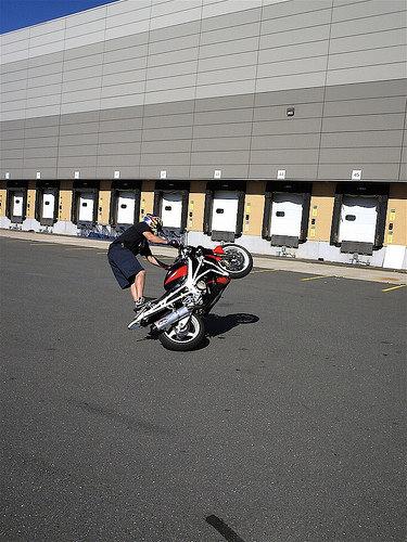 Matt doing some fast seat stander circles